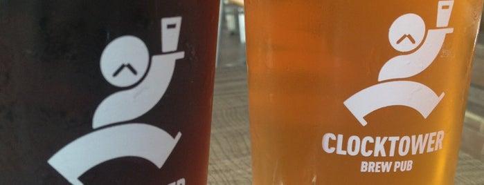Clocktower Brew Pub is one of Janet 님이 좋아한 장소.