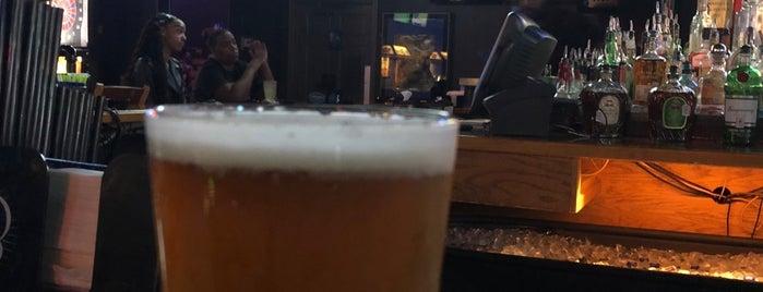 HeadLiners Sports Bar is one of rodney'in Kaydettiği Mekanlar.