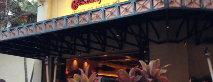 The Cheesecake Factory is one of 하와이.