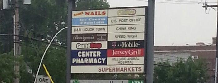 Hillside Shopping Center is one of Orte, die Yunus gefallen.