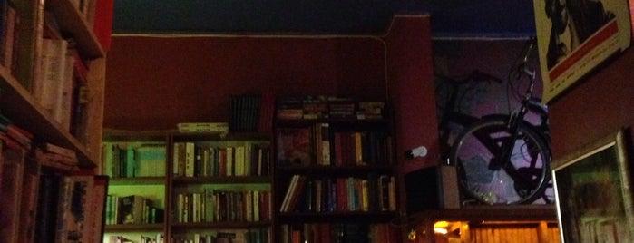 Keçi Cafe Bar is one of Kitap okumalık.