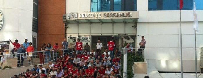 Çiğli Belediyesi is one of ahmet'in Beğendiği Mekanlar.