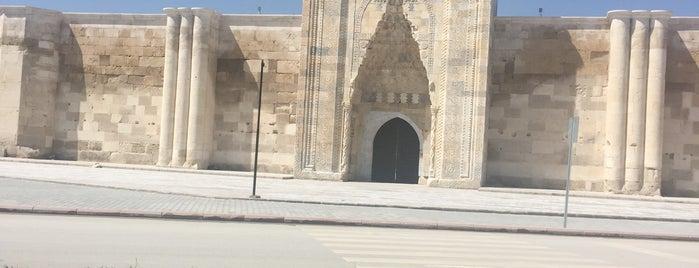 Sultanhan Kervansarayı is one of Yılmaz'ın Beğendiği Mekanlar.