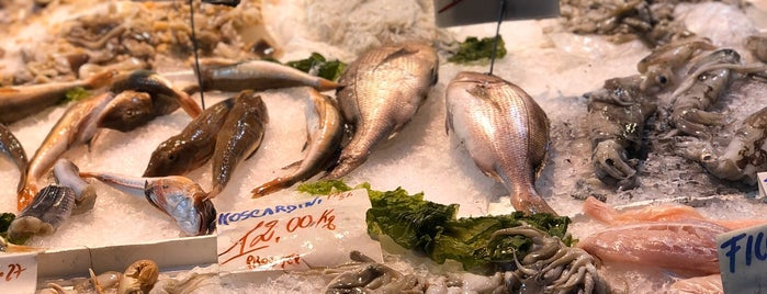 Pescheria Azzurra is one of Naples.