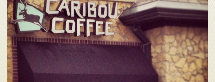 Caribou Coffee is one of Orte, die Rodrigo gefallen.