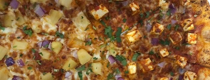 Veggie Crust is one of สถานที่ที่ A ถูกใจ.