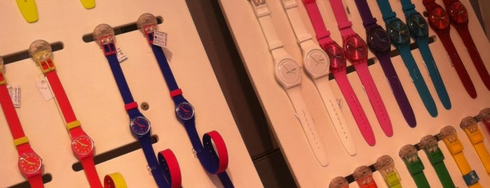 Swatch is one of Lugares favoritos de Тимур.