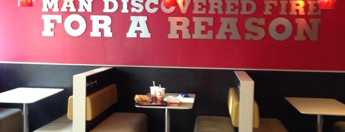 Burger King is one of Locais curtidos por Lisiane.