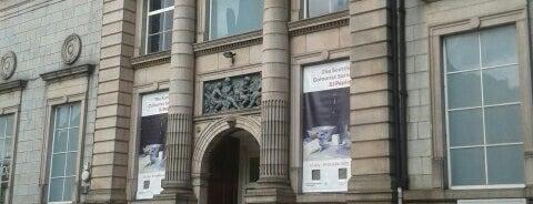 Aberdeen Art Gallery is one of Ida 님이 저장한 장소.