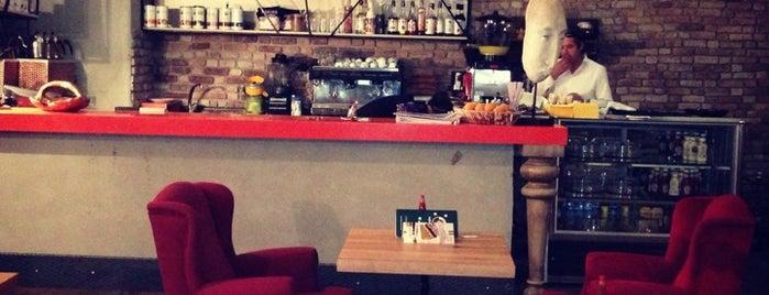 Cafe Bashka is one of Lieux sauvegardés par 🆉🅴🆈🅽🅴🅻.