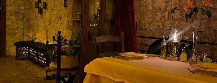 Le Maschou is one of Riyadh Fine Dinning Restaurant.