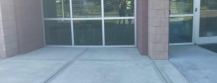 Morrison YMCA is one of Tempat yang Disukai George.
