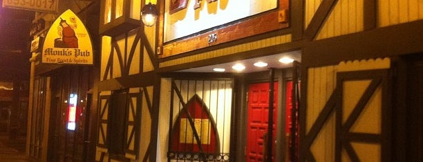 Monk's Pub is one of Andre 님이 좋아한 장소.