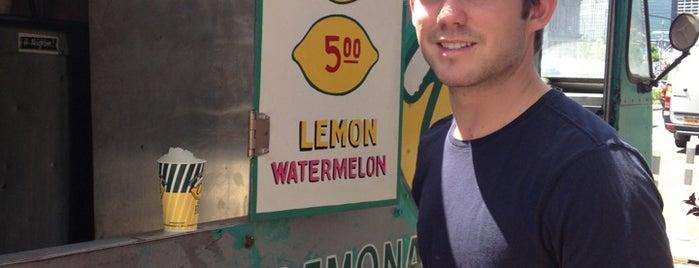 Del's NYC Frozen Lemonade is one of Best Sweet Treats in Town.