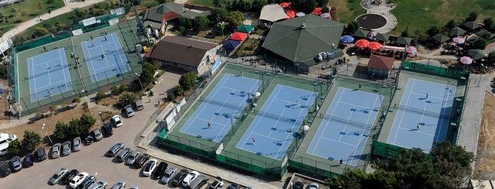 Pendik Tenis Kulübü is one of Pendik - Gezilecek Yerler.
