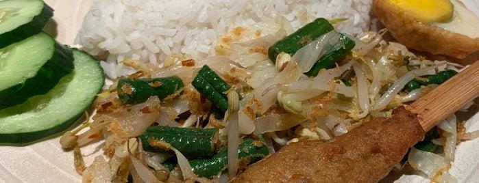 Sate Khas Senayan is one of Kuliner Bekasi.