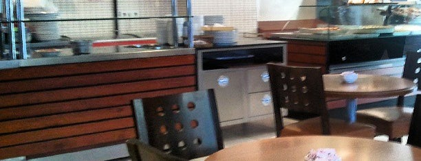Akça Pasta & Cafe is one of aklin : понравившиеся места.