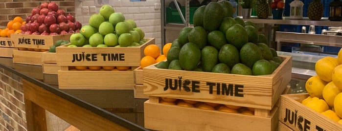 Juice Time is one of Locais curtidos por Soly.