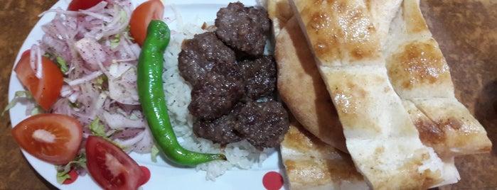 Köfteci İbo is one of Locais curtidos por Kutay.