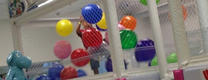 WiggleWorks kids at Crossroads Bellevue is one of Arjun'un Beğendiği Mekanlar.