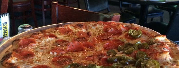 Giuseppe's Steel City Pizza is one of Posti salvati di Courtney.