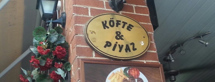 Köfte & Piyaz Büyükadalı is one of Locais curtidos por Berna.