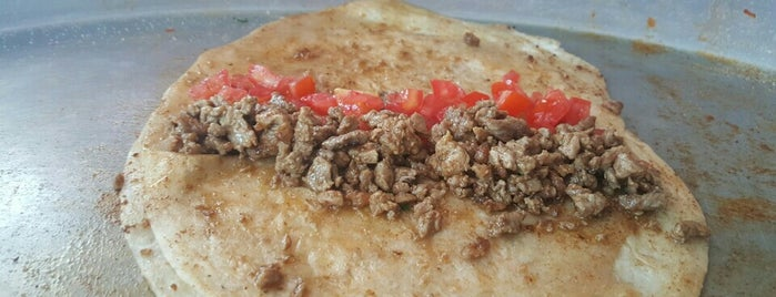 Denizhan 2 Tantuni is one of Locais salvos de Ibrahim.