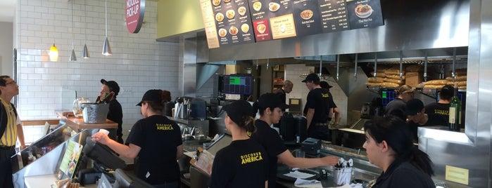 Noodles & Company is one of Locais curtidos por Stephanie.