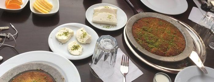 Altın Künefe ve Cafe is one of Posti salvati di Çağla.