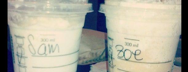 Starbucks is one of Por ahí....