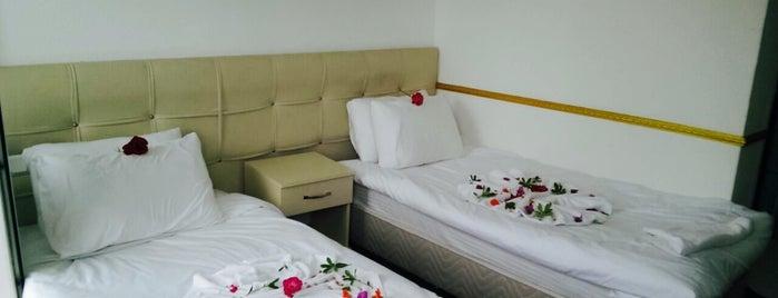 Dost Beach Hotel is one of UĞUR 님이 좋아한 장소.