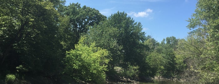 Cook County Forest Preserve is one of Nick 님이 좋아한 장소.
