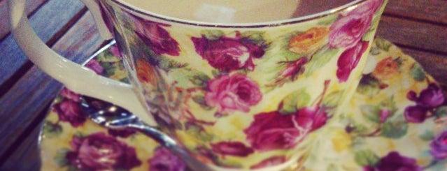 고양이똥 is one of Cafe.