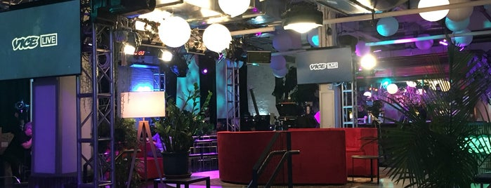 VICE HQ is one of Lieux qui ont plu à Chris.