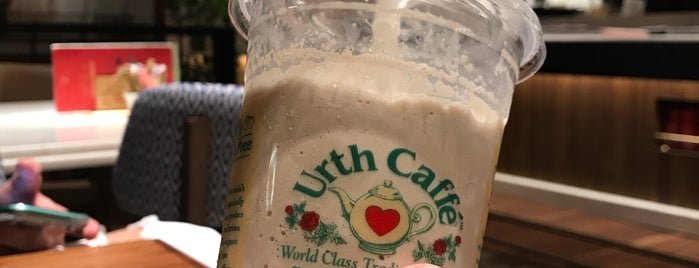 Urth Caffé is one of A.A.A'nın Beğendiği Mekanlar.