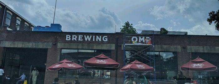 Attic Brewing Company is one of Posti che sono piaciuti a Sandy.