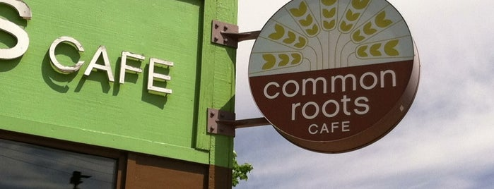Common Roots Cafe is one of Orte, die Alex gefallen.