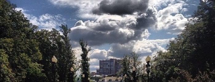 Фонтан на Кудринской is one of Jano : понравившиеся места.