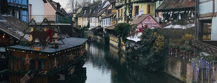 Colmar Fransa is one of xmas villages.