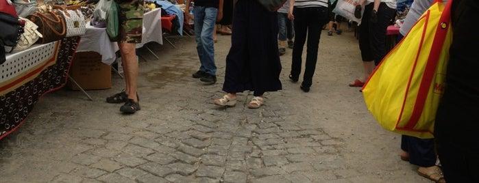 Burhaniye Pazarı is one of Tuçiko☮☮'ın Beğendiği Mekanlar.