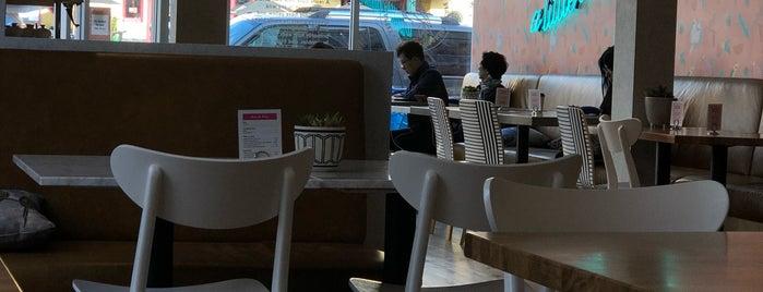Parakeet Cafe is one of Dominic 님이 좋아한 장소.
