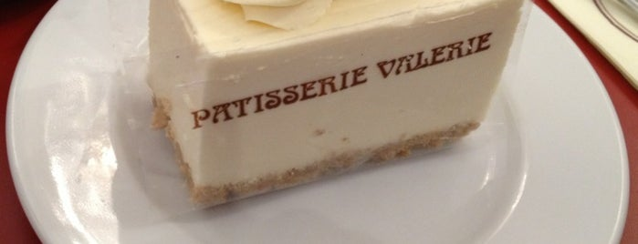 Patisserie Valerie is one of Carl 님이 좋아한 장소.