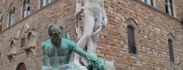 Piazza della Signoria is one of Florence - Firenze - Peter's Fav's.