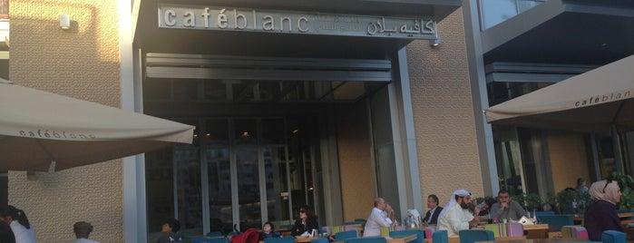 Café Blanc is one of Tempat yang Disukai Salim.