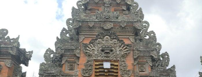 Jalan Monkey Forest is one of Enjoy Bali Ubud.
