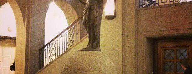 Handwerkskammer is one of Locais curtidos por Karl.