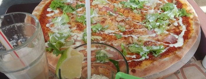 Піца Челентано / Celentano Pizza is one of didemさんのお気に入りスポット.