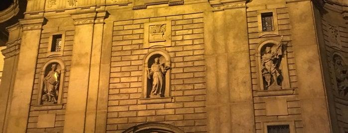 Křižovnické náměstí is one of Navštiv 200 nejlepších míst v Praze.