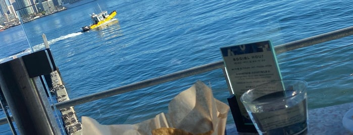 Coasterra Restaurant is one of SD: Food & Drinks.