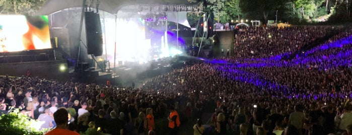 Waldbühne is one of Kseniaさんのお気に入りスポット.
